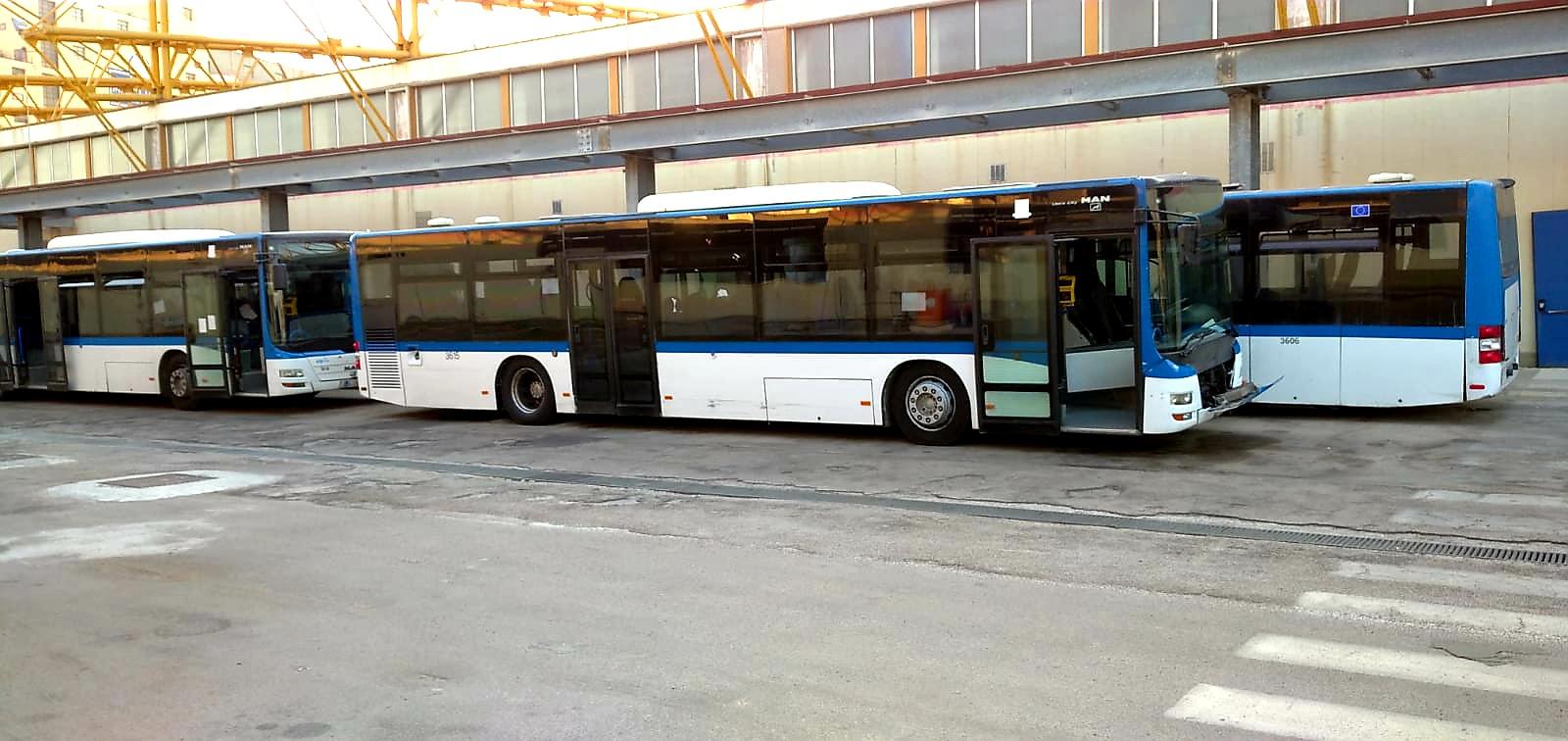 CTP, lavoratori in agitazione e bus fermi a Teverola
